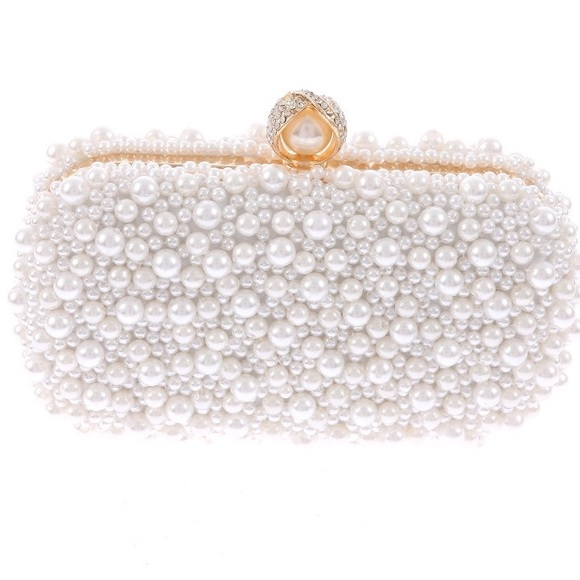 iBESTEST.com Handbags - Pearl Clutch